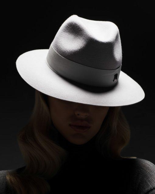 Indy light grey hat